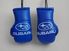 Cувенирные перчатки Subaru на салонное зеркало
